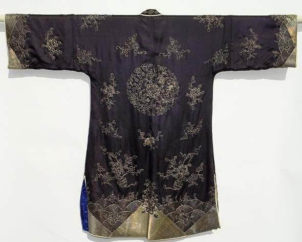 Old Chinese Dark Blue Silk Gown with Silver Threads