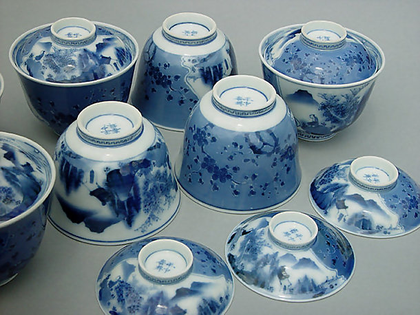 A set of Hirado Bowls with Lids - #2