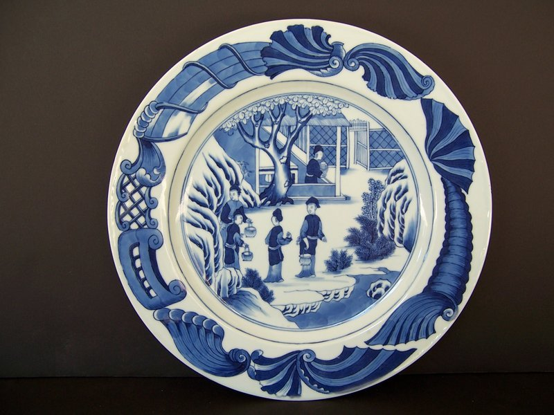 A Finely Painted Tea Production Plate, Qianlong ca 1740