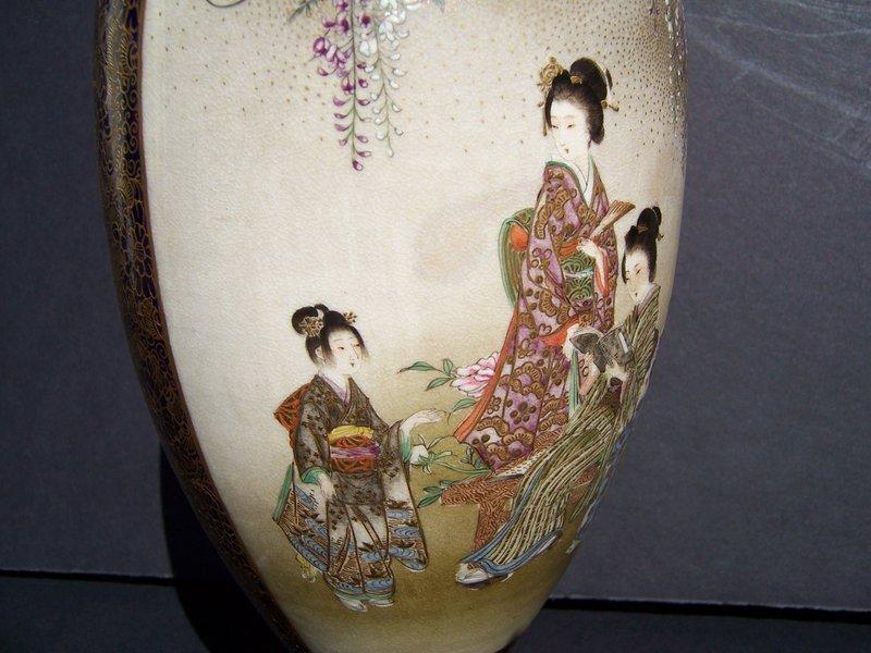 A Superb Kinkozan Satsuma vase, Meiji Period 1868-1912