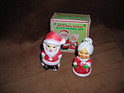 VINTAGE Mr.  & Mme SANTA SALT & PEPPER SHAKERS