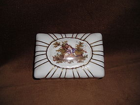 GERMAN PORCELAIN JEWELRY BOX