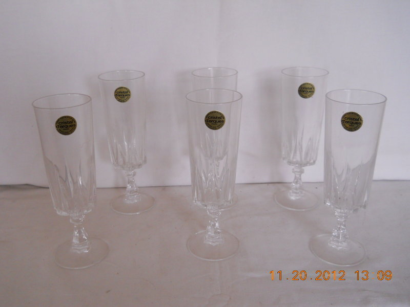 FRANCE CRYSTAL D�ARQUES SET OF 6 CHAMPAGNE �FLUTES�