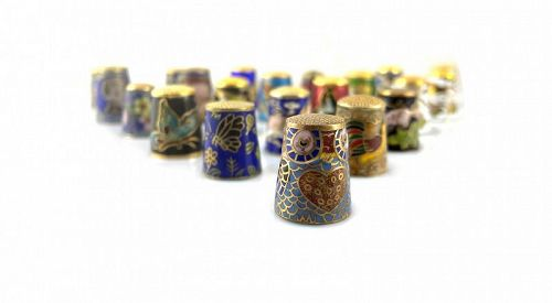 COLLECTION of 21 Vintage 1950s Chinese Cloisonne Enamel THIMBLES