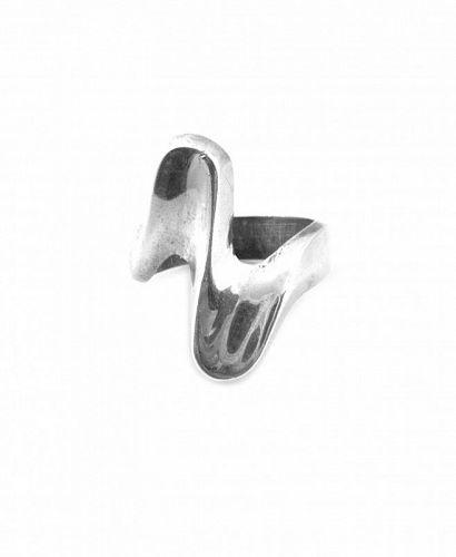 BIG 1970s Handmade Sterling Sculptural Modernist RING - Size 8 US