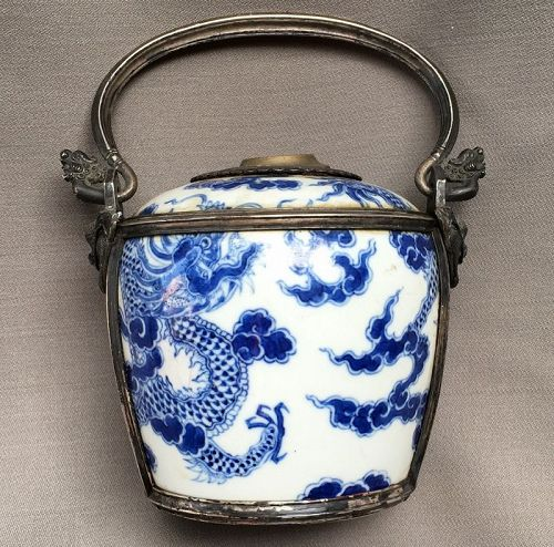 Chinese porcelain water pipe for Hué impérial Palace