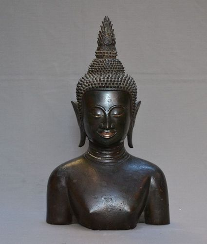 Head of Buddha in bronze from South East Asia