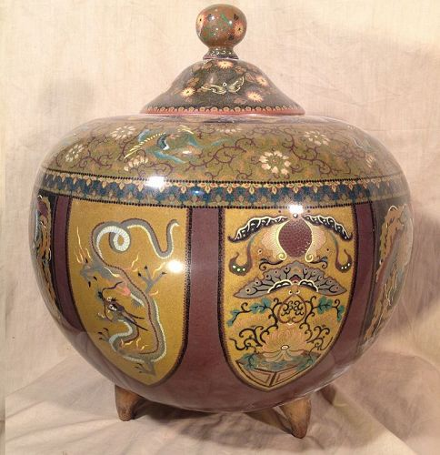 Large pot covered in cloisonné enamel Japan Meiji.