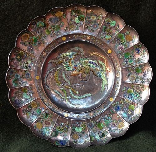 Exceptional silver enameled plate. Meiji period.