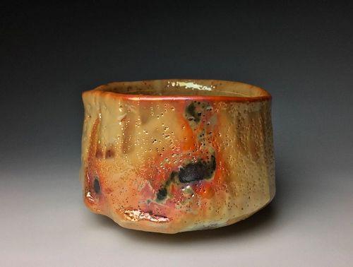 Yohenkin Shino Chawan by Suzuki Tomio