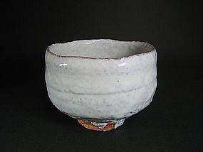 Wonderful Shiro-hagi Chawan by Ono Koryu