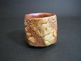 Yohenkin Shino Guinomi by Suzuki Tomio