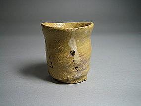 Aka Oribe Guinomi by Suzuki Goro