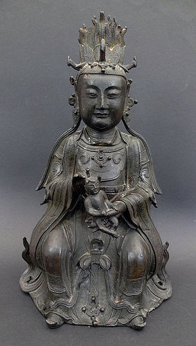 Large Ming bronze Songzi Niangniang �The Lady who Brings Children�