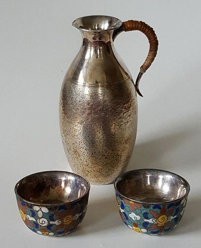 Japanese Silver Sake Ewer and silver & cloisonné cups. Meiji