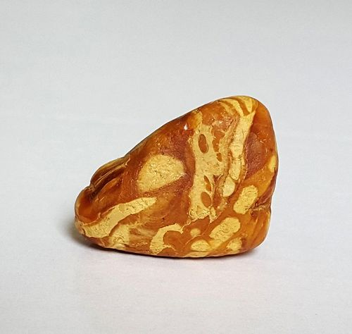 Great 15 grams Natural lump of Amber, Mila