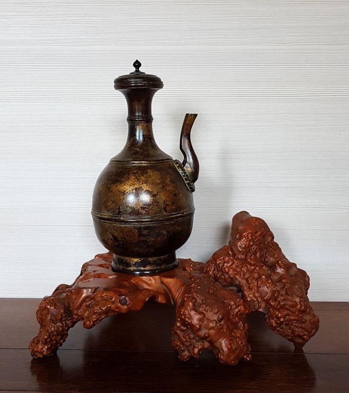 Rare Japanese Buddhist Kundika Bronze Ewer, Late Momoyama-Edo