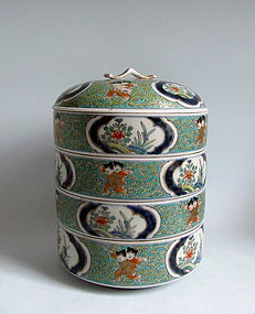 Ko Imari Stacking Box Karakoa and Karakusa Jubako 1800
