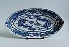 Ko Imari Unryu Matsu Shidarezakura-zu Dish c.1700 No 2