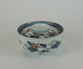 Ko Imari Grape pattern Bowl and Cover No 2
