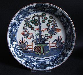 Ko Imari �Arita Kraak� Style dish c.1700