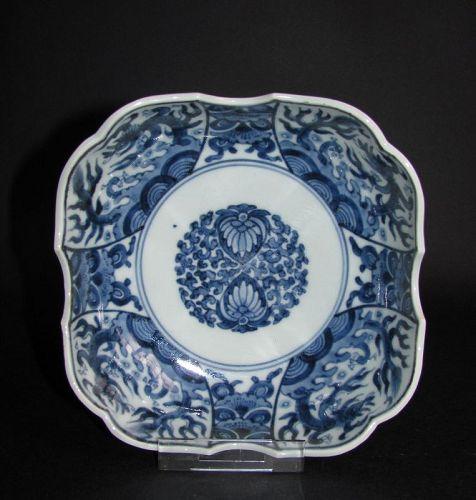 Ko Imari Dragon Pattern Namasu c.1750-80