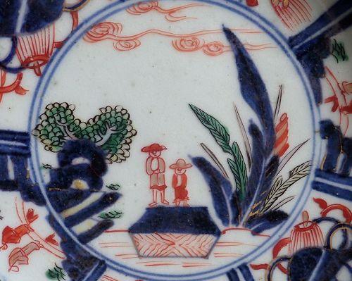 Rare Imari �Deshima� figures  Kraak Style Dishes c.1700 No 1