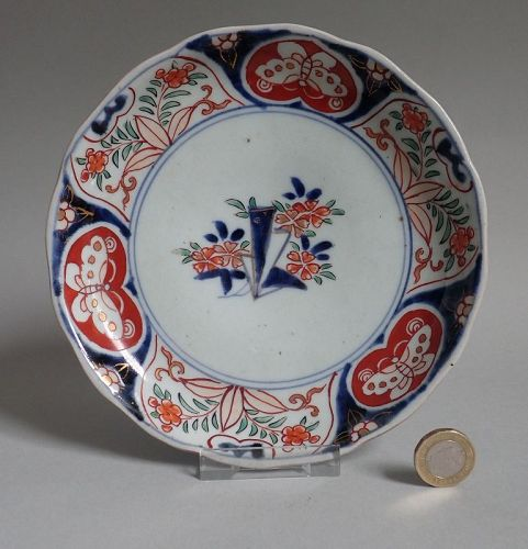 Ko Imari Cherry Bouquet and Butterflies Dish Early 18th Century No 2