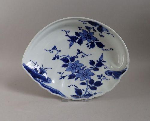 Arita Clematis Pattern Awabigata Dish c.1740 No 1