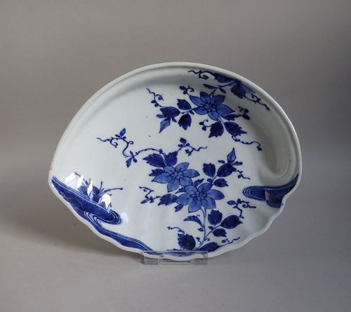 Arita Clematis Pattern Awabigata Dish c.1740 No 2