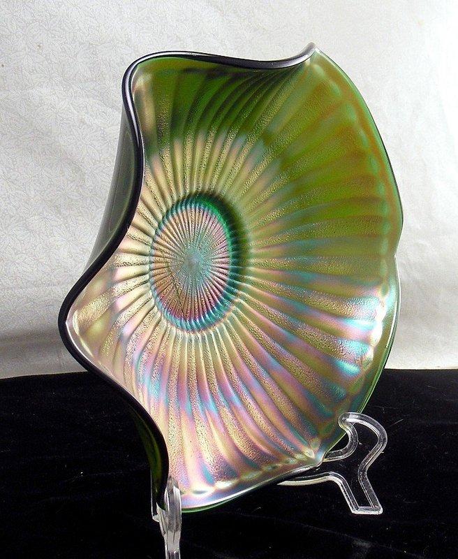 Fenton Vintage Stipple Ray Green Carnival Bowl