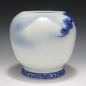 Tominaga Genroku Blue & White Fuji & Pine Vase