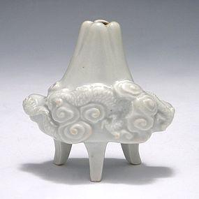 Japanese Meiji Hirado Fuji & Dragon Tripod Vase