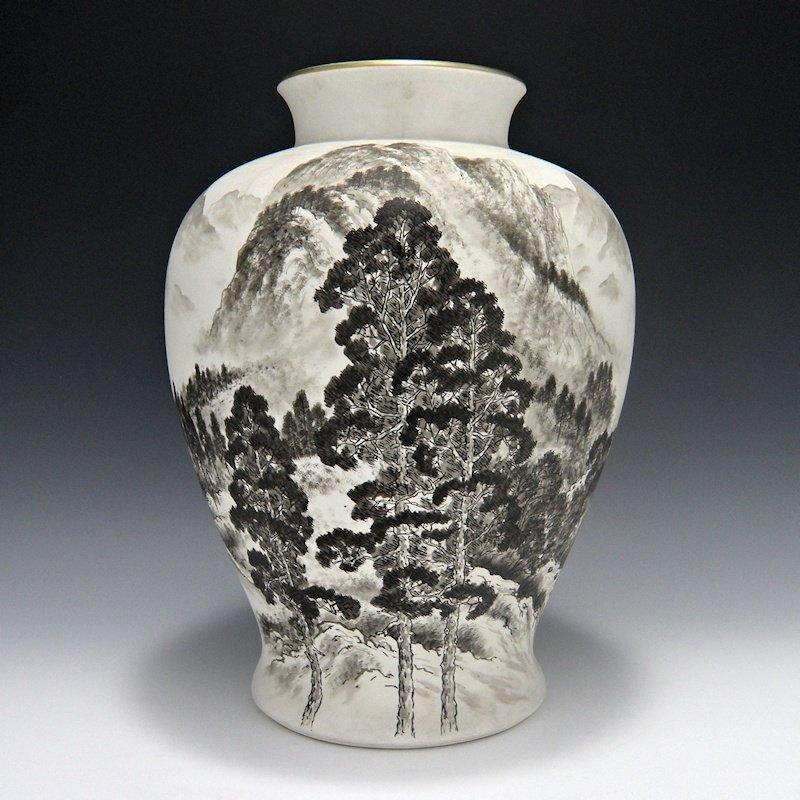 Fukagawa Artist Signed Landscape Vase with Box