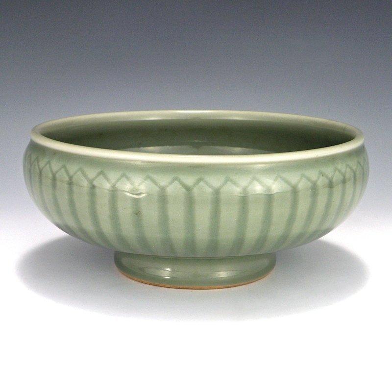 Kato Gosuke IV Togyokuen Japanese Seto Celadon Bowl