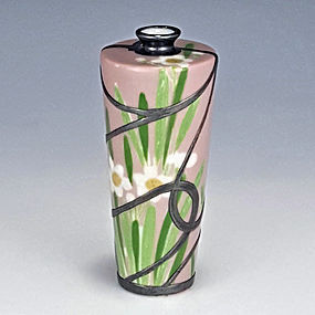 Nishiura Enji V Seto Sterling Silver Overlay Pink Daffodil Vase