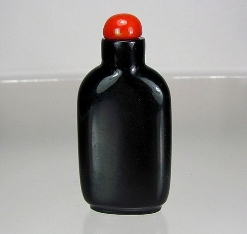 19th C. BLACK JET SNUFF BOTTLE