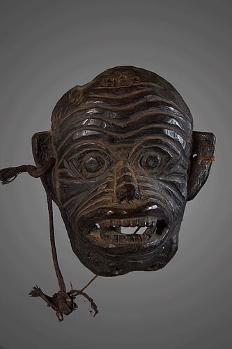 Old monkey mask, India, Himalaya