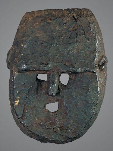 Black minimal face mask, Himalaya, Nepal