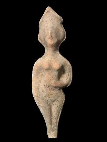 Roman Pottery figure of a standing female, �Astarte�, 200-400 BC