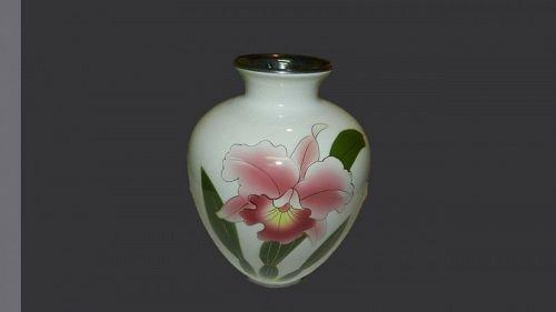 Lovely Japanese Vase Orchid- Kyoto Porcelain