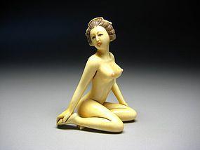 Japanese Antique Geisha Samurai Bijin Oiran Shunga Netsuke Okimono Art