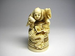 Japanese Antique Dragon Monk Okimono Netsuke Statue Art