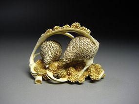 Japanese Zoge Chestnut Hawk Bird Mammoth Ivory Okimono Netsuke Art