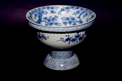 A Remarkable ko-Imari Pedestal Bowl with Cherry Tree Motif