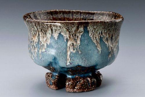 Hagi �Kujaku� Tea Bowl with Wari-kodai by Yamane Seigen