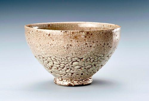 A Joseon Period Korean Tea Bowl with Kairagi Glaze