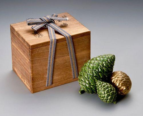 Decorative Pine Cones by Ito Tozan
