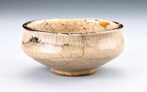 An Antique Karatsu Tea Bowl with Excellent Gold Repairs (Kintsugi)