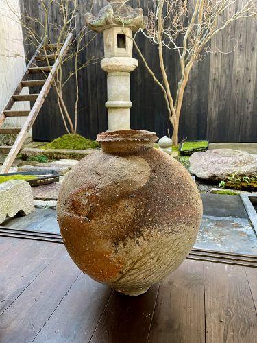 A Large Iga Tsubo by Master Ceramicist Tsujimura Shiro